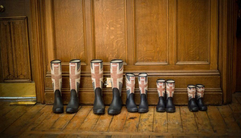 boots-british-family-165221